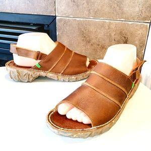 EL NATURALISTA Slingback Leather Sandals